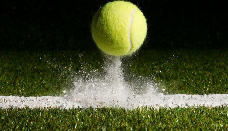 Bouncing tennis ball (1)-min